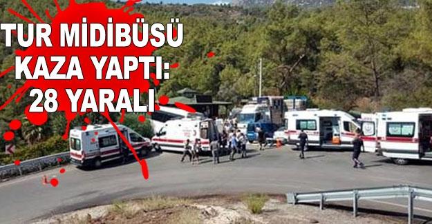 Tur midibüsü kaza yaptı: 28 yaralı