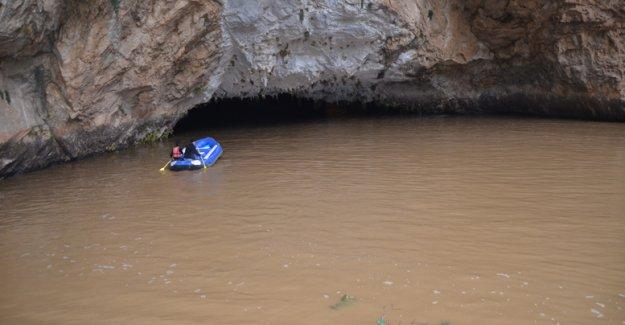 Altınbeşik Mağarası yağmur sebebiyle taştı