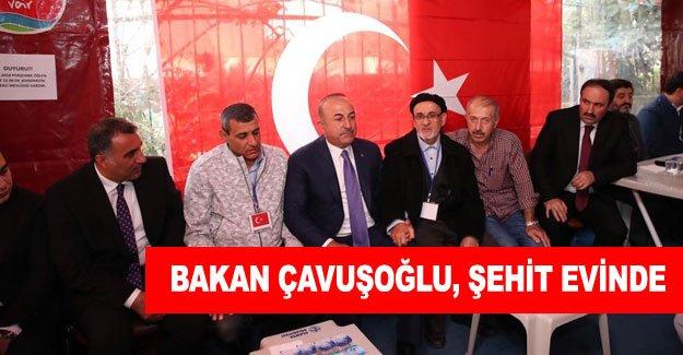 Bakan Çavuşoğlu, şehit evinde