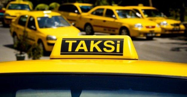 Taksileri emekliler kullanıyor
