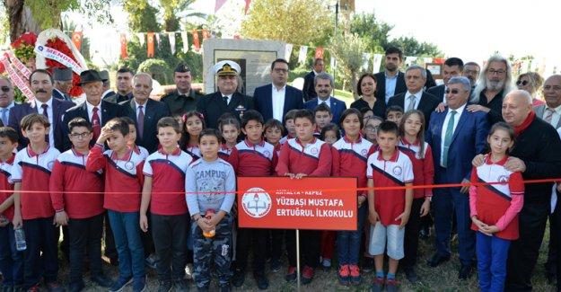 Yüzbaşı Aker anıtı açıldı