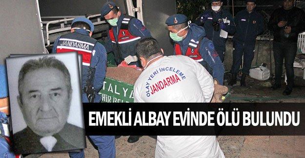 Emekli albay evinde ölü bulundu