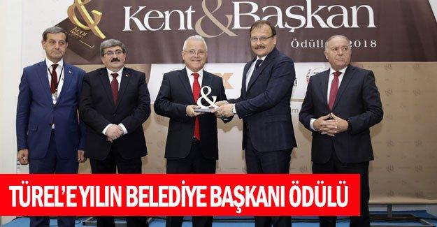 Menderes Türel'e yılın belediye başkanı ödülü