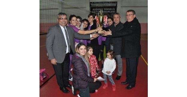 Öğretmenler Arası Voleybol Turnuvası
