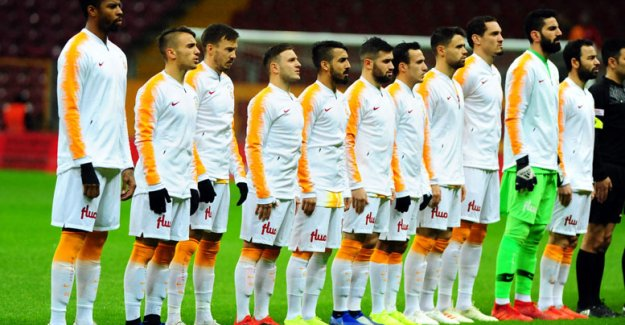 Süper Lig Antalya'da toplanacak