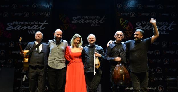 Türk müziğinde zaman yolculuğu