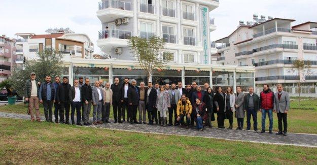 AK Parti Manavgat, gazetecilerle buluştu