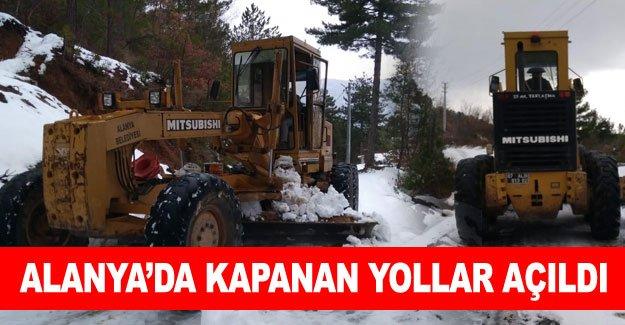 Alanya'da kapanan yollar açıldı