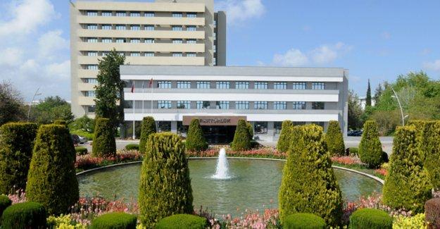 AÜ en çok haber olan  devlet üniversitesi