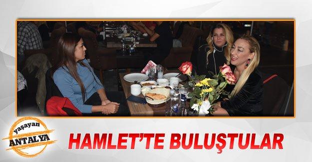 Hamlet'te buluştular