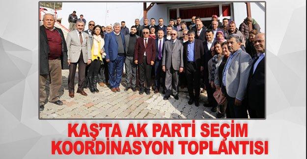 Kaş'ta AK Parti seçim koordinasyon toplantısı
