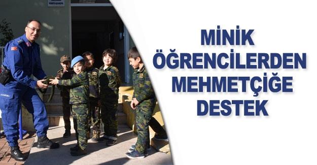Minik öğrencilerden Mehmetçiğe destek