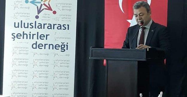 'Yılın Bürokratı' Mustafa Özen