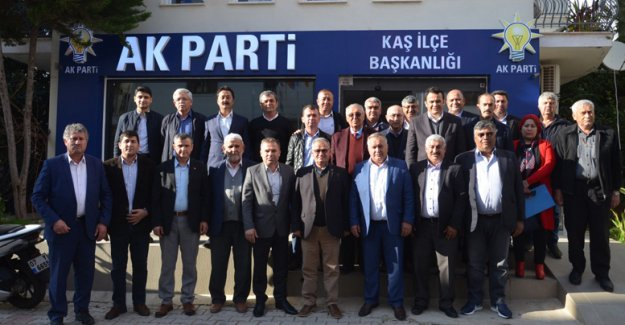 AK Parti Kaş'ta adaylar tanıtıldı
