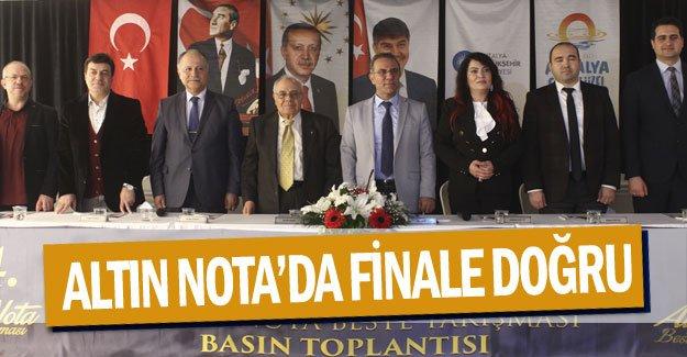 ALTIN NOTA'DA FİNALE DOĞRU
