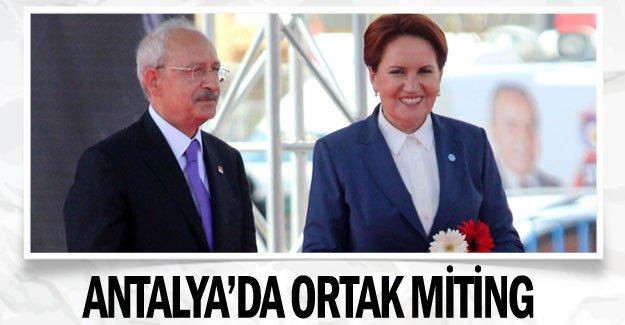 Antalya'da ortak miting