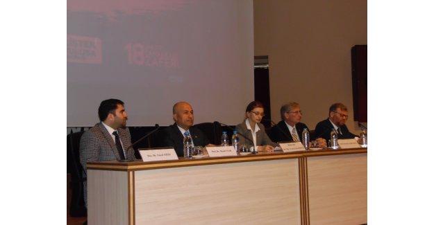 AÜ'de 'Çanakkale' paneli