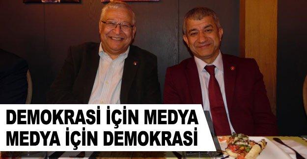 Demokrasi için Medya Medya için Demokrasi