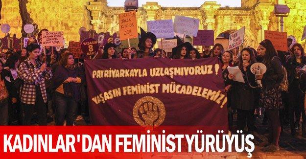 Kadınlar'dan feminist yürüyüş