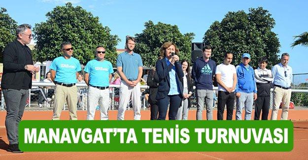 Manavgat'ta tenis turnuvası