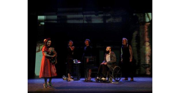 10'uncu Tiyatro Festivali 'Kantocu' ile başlıyor