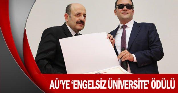 AÜ'ye 'Engelsiz Üniversite' ödülü