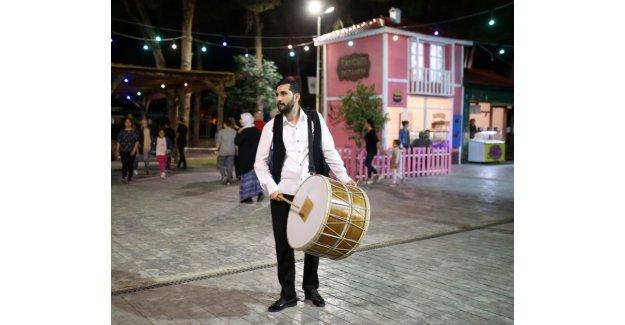 Kepez'in Ramazan Sokağı'na yoğun ilgi