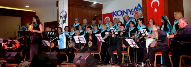 Türkmenlerden türkü gecesi