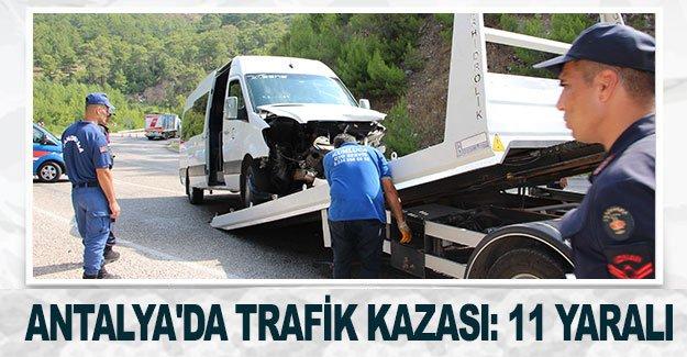 Antalya'da trafik kazası: 11 yaralı