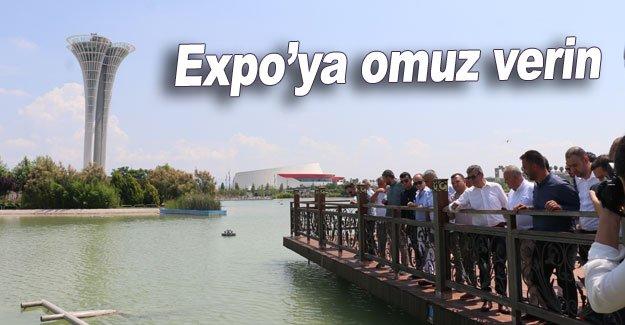 Expo'ya omuz verin