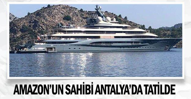 Amazon'un sahibi Antalya'da tatilde