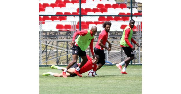 Antalyaspor'da kamp sona erdi