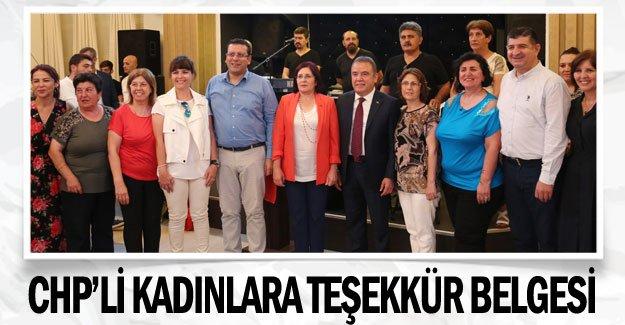 CHP'li kadınlara teşekkür belgesi