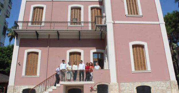 Tarihi bina Milli Eğitim'e teslim edildi