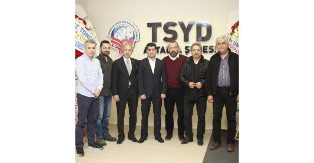 TSYD Antalya 8 yaşında