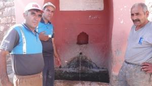 133 yıllık çeşmenin suyu yeniden akıtıldı