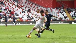 Antalyaspor bir adım önde