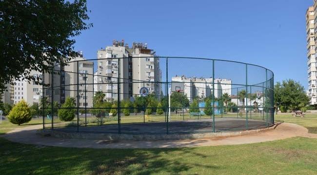 Muratpaşa'da yeni basketbol sahaları