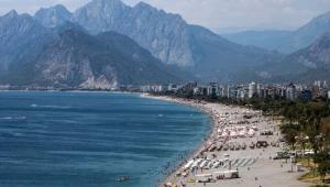 Plajlar yerli halka ve yabancı tatilcilere kaldı