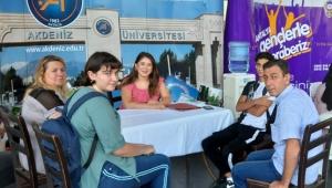 Üniversitelilere sıcak karşılama