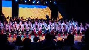 Aspendos'ta dans rüzgarı