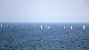 Denizcilerden şehre saygı