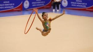 Jimnastikçiler Bosna yolcusu