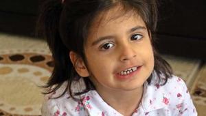 Minik Aysima yardım bekliyor