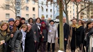 Nürnbergli kadınlardan dostluk ağacı