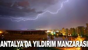 Antalya'da yıldırım manzarası