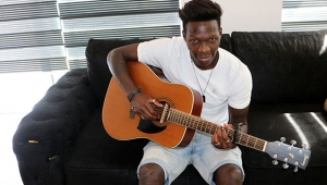 Müzisyen futbolcu