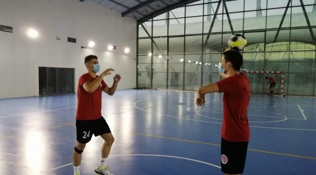 Antalyaspor'dan anlamlı antrenman
