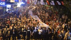 Binler 'Ata' için yürüdü