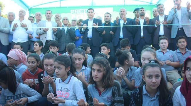 Kepez'deki 28'inci spor sahası Gaziler'e